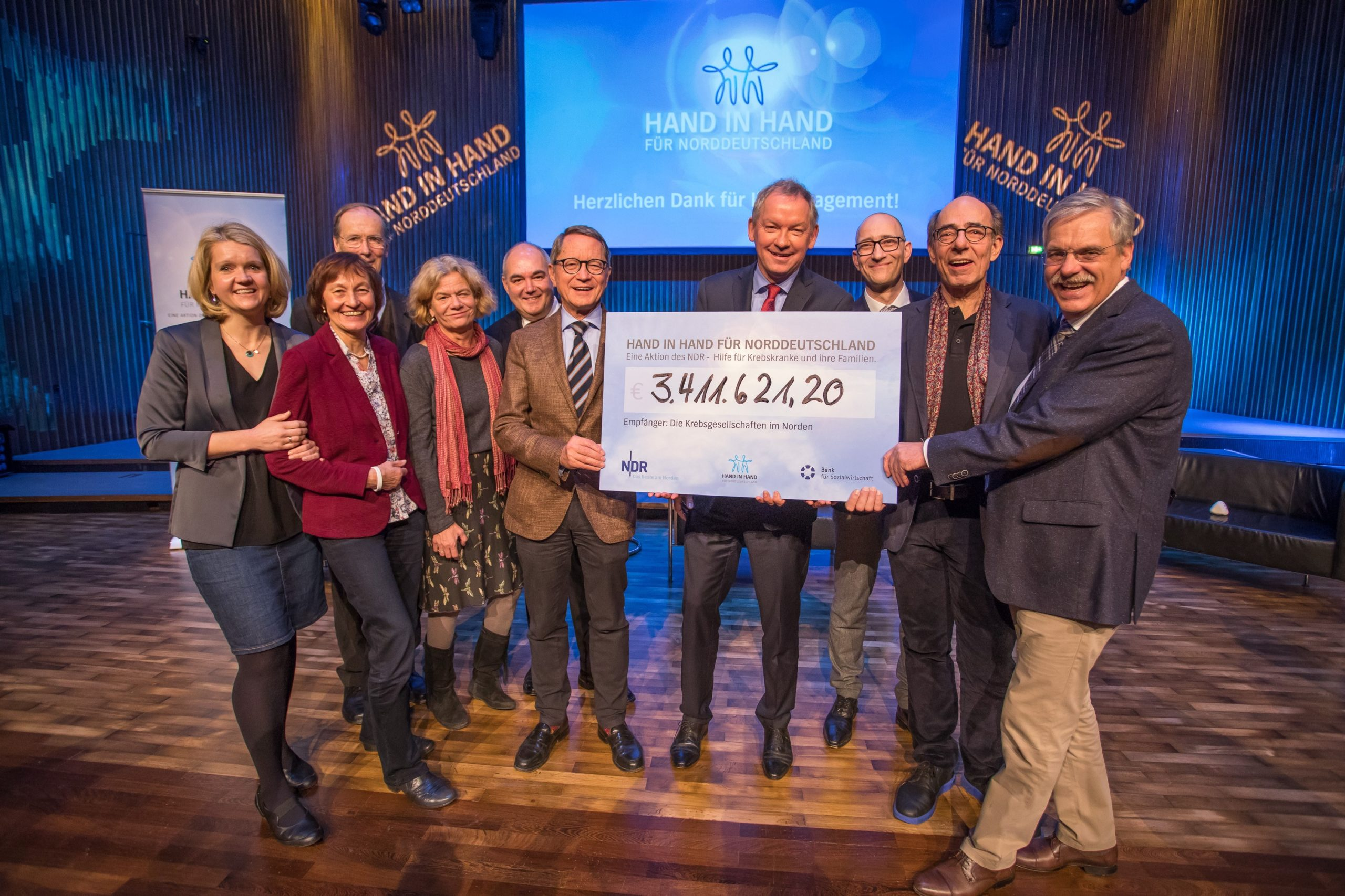 """Spendenrekord Bei """"Hand In Hand"""": Mehr Als 3,4 Millionen Euro"""