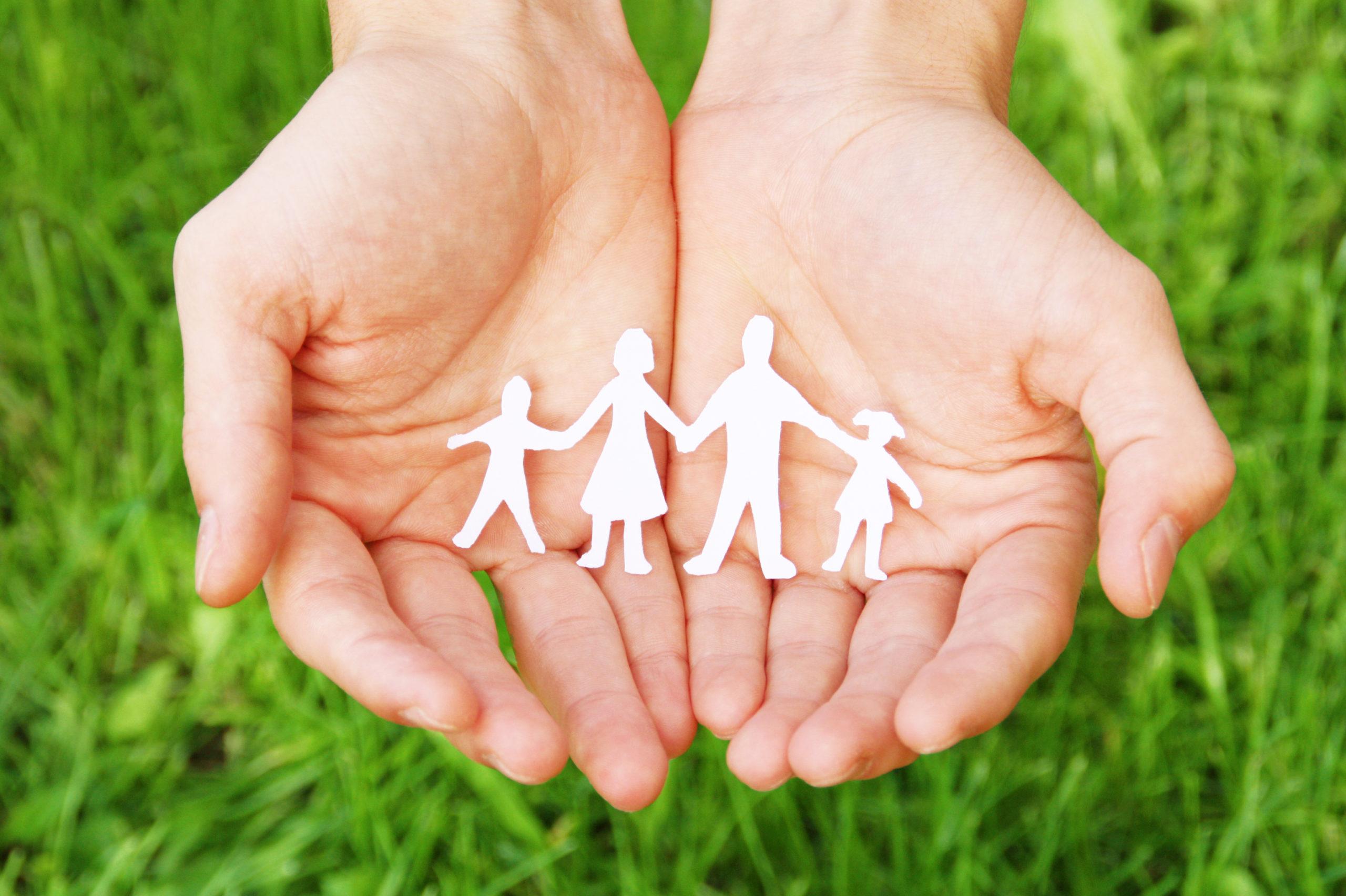 Hände Mit Familienscherenschnitt
